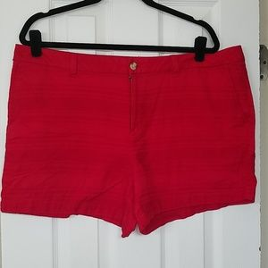 Like new red shorts size 18 front & back pockets